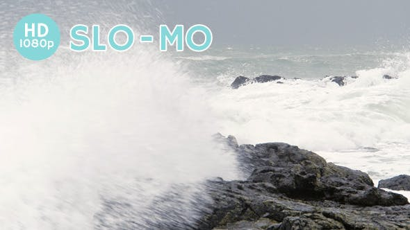 Ocean Waves Crash on Shore by clarecomm | VideoHive