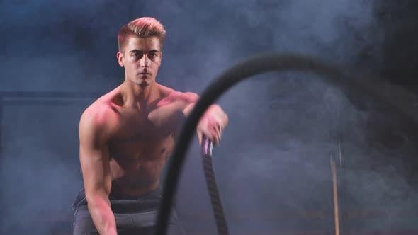 Bodybuilder Practice Effective Way To Burn Calories Battle Rope