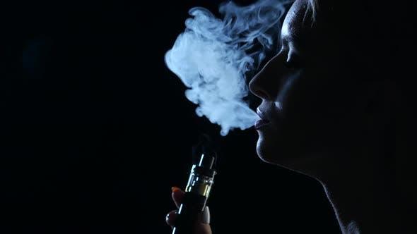 Girl smoke