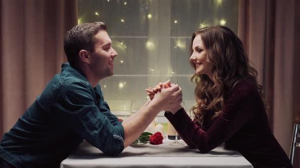 Man hand why kiss woman The Turkish