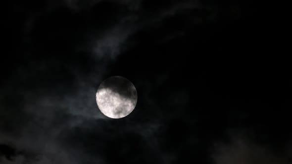 103165e807f37 Timelapse with Full Moon Moving Between Clouds by Kokhanchikov ...