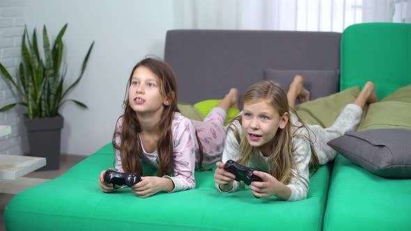 girls who play