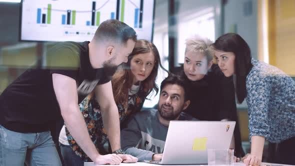 A Team of Architects Comes Up with Creative Ideas  Business